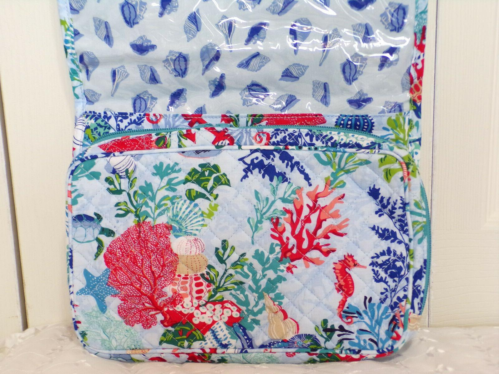 - ICONIC HANGING TRAVEL ORGANIZER QUILTED COTTON